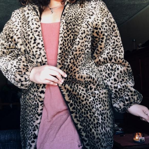 Neiman Marcus Jackets & Blazers - Neiman Marcus leopard faux  fur coat with zipper